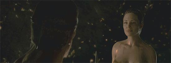 【3DCG】 『BEOWULF(ベオウルフ)』予告 アンジェリーナジョリー裸編&モーキャプの写真