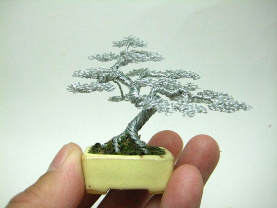 130509_miniature-wire-bonsai-tree-by-ken-to-8