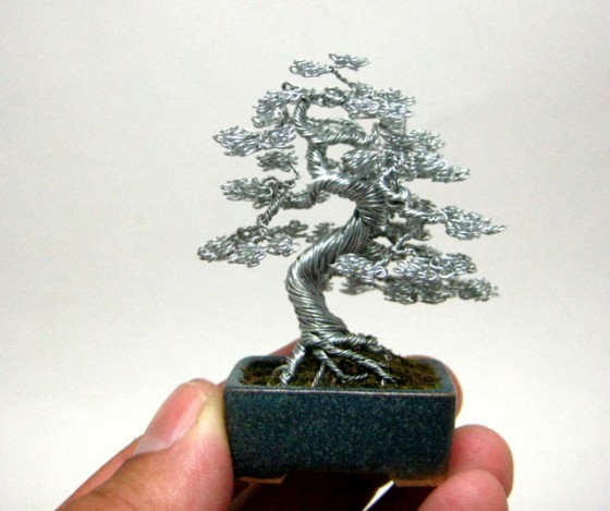 130509_miniature-wire-bonsai-tree-by-ken-to-9