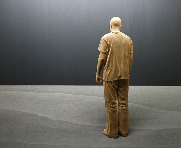 peter-demetz-wood-sculptures_09